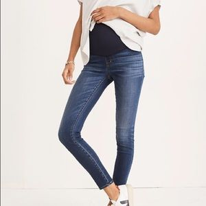 Madewell Maternity Jeans in Danny Wash